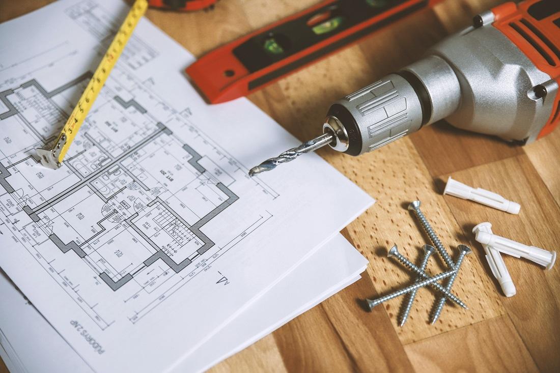 Fabriquer une cabane en palette pour enfant, les outils nécessaires